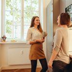 AdvoNeo Schuldnerberatung Küche entspannt Kaffee